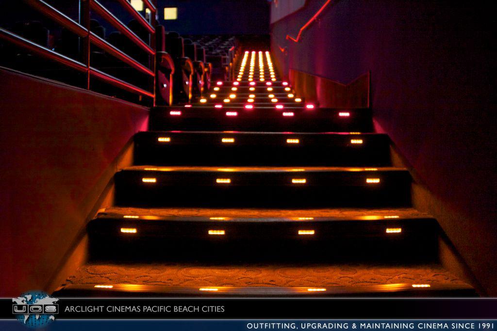 Archlight_theatre_UCS-43